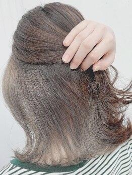 ヘアーズ はれるや(hair's)の写真/【人気のイルミナカラー★グレイカラーも◎】ダメージを抑えて艶やかで透明感のある髪に♪