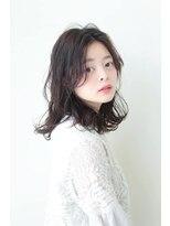 ヘアメイク シュシュ(Hair make chou chou)ウェーブミディアムスタイル【chou-chou 北林夏実】