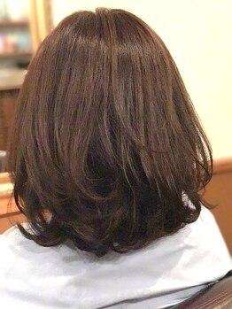 ヘア バー(HAIR BAR)の写真/《ハーブカラー+カット+ハホニコTr¥7500》髪と頭皮に潤いを与えるハ-ブカラ-でこなれた大人の女性を演出☆