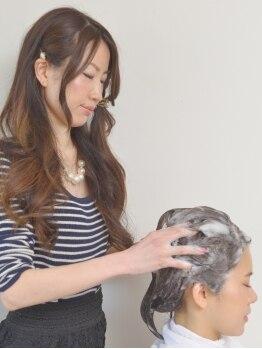 アイルビーヘア(I'll b hair)の写真/育毛促進&エイジングケアに特化!頭皮のツボを刺激し、健やかな頭皮と髪へ導く[健康ヘッドスパ]小顔効果も◎