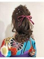 ラトリエコンタン(L´atelier Content)袴にもドレスにもハーフアップアレンジ