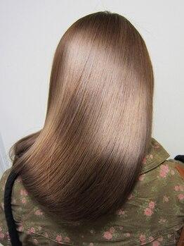 ヘアメイクサロン ブーム ヘアデザイン(boom hair design)の写真/【カット+カラー+4STEP Tr】厳選薬剤で本当に髪を傷ませたくない方に最後の砦…!ツヤがUPする矯正♪
