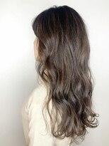 ガーデン ヘアーアンドボタニカル(Garden hair&botanical)【ロングスタイル】アッシュグレージュ