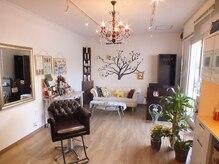 ハイカラサン美容室(Yes 3)の雰囲気(一台のみのセット椅子)