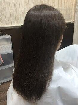 美容室 スタンド(Stand)の写真/【千本中立売】9種類のハーブ配合で髪と地肌に優しく染まりにくい白髪も効率的にキレイに染まる!