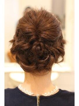 結婚式 髪型 くるりんぱ ヘアアレンジ