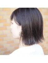 ノエル ヘアー アトリエ(Noele hair atelier)《Noele》外ハネアッシュグレージュ
