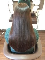 ヘアケアサロン シェーン(hair care salon Schon)一番人気ヤバヤバトリートメントにグレージュカラー
