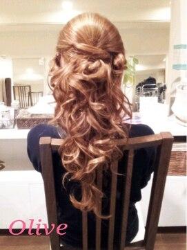 結婚式の髪型 カーリー☆ハーフアップ