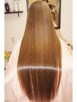 エムスリーディー オオサカ 祇園(M3D OSAKA)の写真/【特許取得】画期的トリートメントシステム≪M3D≫☆諦めていたハイダメージの毛も、芯から輝く美しさ♪
