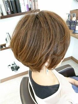 """ヘアーサロン ループ(hair salon Loop)の写真/可愛いもかっこいいも""""カット""""が基本!輪郭、頭の形などを活かし自分でも再現しやすいスタイルをご提案♪"""