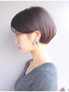 【男女別】もみあげを剃るおすすめの髪型・青くなる時の対策