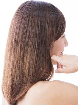 アクアスヘアーデザイン 西原店(AQUAS hair design)の写真/さまざまな髪のお悩みを一緒に解決◎知識豊富なスタイリストが、こだわりの薬剤で美しい髪に導きます。