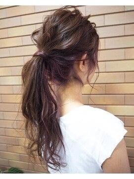 ポニーテール時の8つの前髪スタイル/今どきポニーテールのコツ