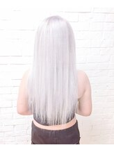 ヘアサロン エフ(HairSalon F)ホワイトカラー&四つ編みエクステ