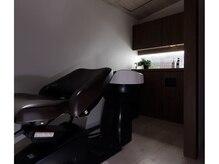 ラナイ ヘアリゾート(Lanai hair resort)の雰囲気(半個室で落ち着いた時間を過ごせるシャンプーブース)