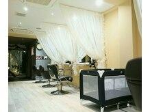 髪質改善 ソアリス 烏丸丸太町店(soiris)の雰囲気(お客様が重なれば、カーテンで席を仕切るセミプライベートな空間)