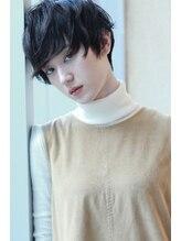 ラファンジュ ヘアーブラン(Rohange hair Blanc)【Blanc】ハネカジレイヤーショート