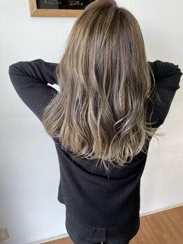 エントランスデパーチャー(ENTRANCE DEPARTURE)の写真/憧れの艶、柔らかさでひと味違う質感をご提案☆予約の取りづらい人気店ならではの技術で『感動の髪質』