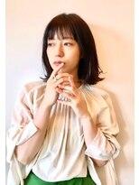 フラム(fulam)繊細な束感がオシャレ☆ミディアムヘア