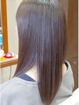 ヘアアンドメイク しゅくる 瑞江本店カラーエステでしなやかでキレイな髪へ
