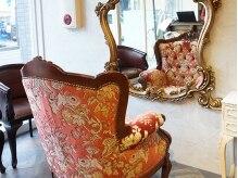 ブヴァルディア(Bouvardia)の雰囲気(アンティークの家具や装飾で揃えて特別な空間を演出―。【町田】)
