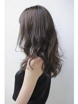 透明感のあるふんわりヘア