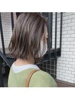 セカンド(2nd)ハイライト/切りっぱなしボブ/ブリーチ/ボブ/髪質改善
