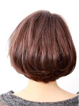 ヘアーフリージー(Hair Freasy)の写真/優しく染めあげ美しい髪へ。傷まず・臭わず・低刺激の《和漢カラー》で潤い溢れる艶感をご体感ください♪