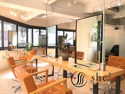 シシ 新宿(She 2.)の写真