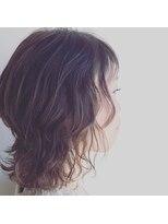 リアン ヘアー(Lien hair)ウルフ風ウェーブ、スタイル