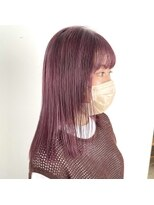 ヘアーアイストゥーレ(HAIR ICI TRE)パープルカラー ラベンダーカラー 切りっぱなし 担当渡辺聖