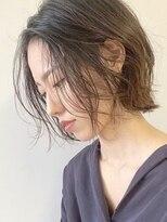 ノイ(noi)#noi_style 大人girlな耳かけショートボブ