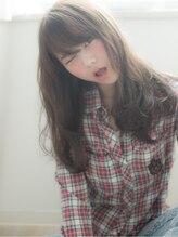 ソレア(solea)ルーズな質感と重めなシルエット solea yuuki