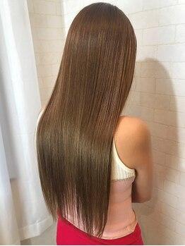 アルマヘア(Alma hair)の写真/【7月◇OPEN1周年】カット+リタッチカラー+TR¥6000★海外でも人気沸騰TOKIO取扱◎ダメージを本質からケア!