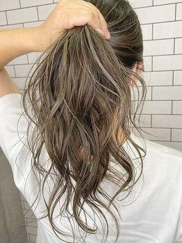 """ルーナヘアー(LUNA hair)の写真/""""キレイな色合い""""だけじゃ満足できない!色・質感…多種多様な要望に応えたデザインカラーがココで叶う☆"""