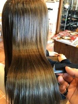 アミュゼ デフィ(amuser defi)の写真/1人1人の髪に細かく合わせた質感で極上のうる艶髪へと導く《コタ》の生オイルトリートメント♪