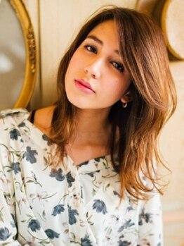 ヘアーアンドメイク ルナルナ 山形南店(HAIR&MAKE LUNALUNA)の写真/大人女性の髪質、肌に合った薬剤、トリートメントを使用。女性に優しいメニューもご用意しております。