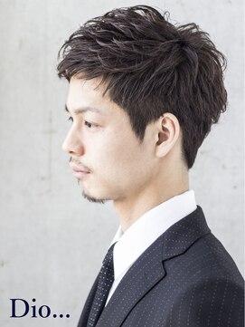 【メンズ・レディース別】スーツに合うおすすめの髪型|卒業式