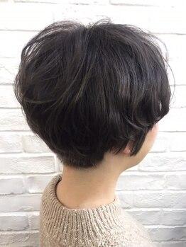 トハコ(&haco)の写真/縮毛矯正を卒業したい方へ!オリジナルカットでクセ・うねりのお悩みを解消♪もっと自分の髪が好きになる★