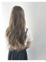 ヘアメイク オブジェ(hair make objet)ハイトーンロング