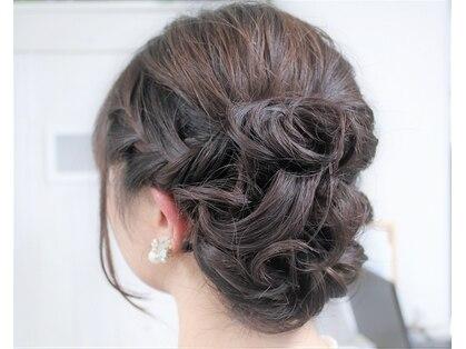 アロー ヘア(Arrow Hair)の写真