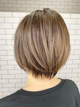 ルーナヘアー(LUNA hair)の写真/【92%天然由来のオーガニックカラー《ヴィラロドラ》取扱い店舗】☆白髪を内部まで艶やかに染め上げる♪