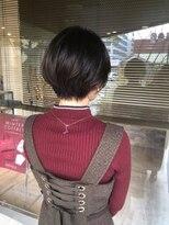ヘアメイク シュシュ(Hair make chou chou)黒髪ことりベージュ毛先パーマ30代40代
