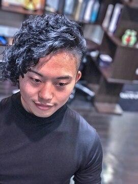 オムヘアーツー (HOMME HAIR 2)#グランジロング #マンバンスタイル #2ブロック #homme2nd櫻井