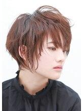 ルーシー ヘアデザインワークス(Lucy Hair Design Works)奥行きショート×フォギーアッシュ