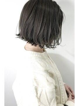 ネイヴィル(navile)☆シースルーカラーグレージュ×レトロボブ☆navile大河