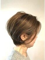 ビスヘアアンドメイク(BIS hair&make)ショートグラデーション