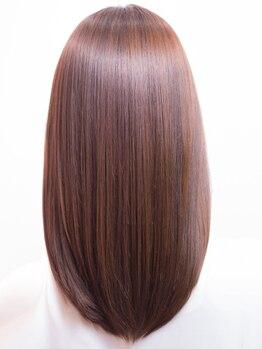 ユナイテッドケアーズ 名駅本店(UNITED CARES)の写真/【名駅】クセ/うねり/ゴワゴワ…すぐになんとかしたい!ヘアケア専門店の美髪技術なら見違える程のツヤ髪に