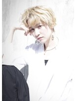 エンクス(enx)\金髪マッシュ/ハイトーンカラー×金髪